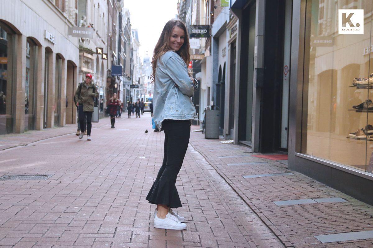 Ruffled jeans